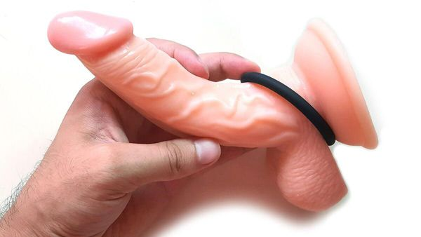 How to use Cock ring